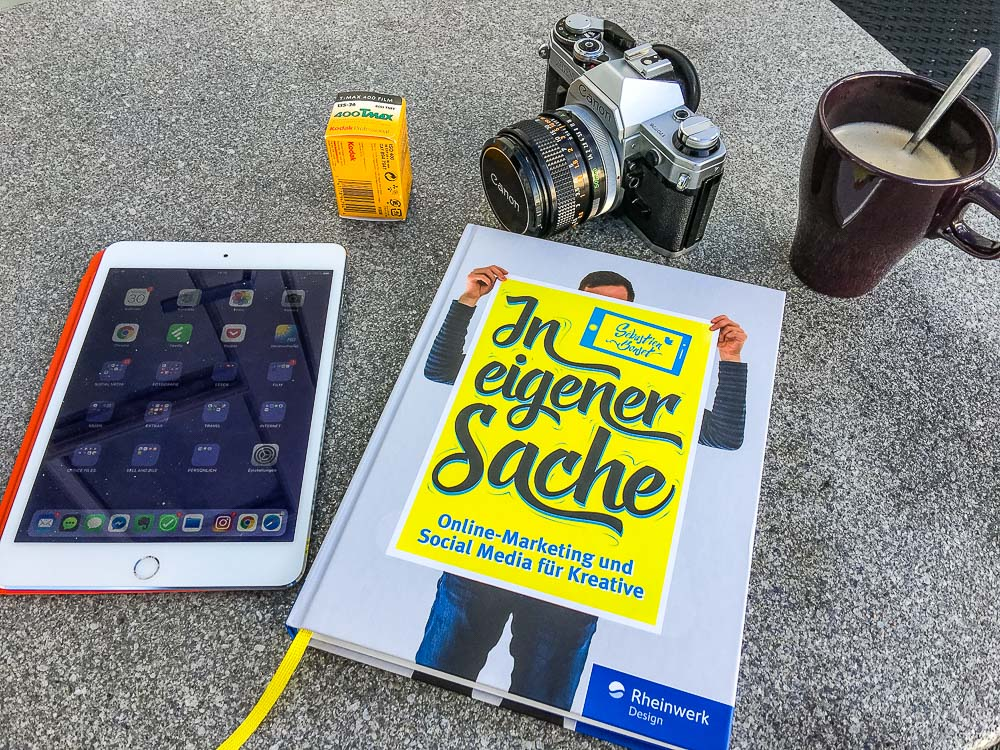 In eigener Sache – Online Marketing und Social Media für Kreative – ob das Buch was kann?